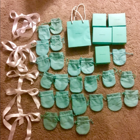 70a03956ecf Tiffany   Co - Authentic pouches